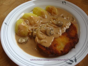Sellerieschnitzel Champignoncreme Salzkartoffeln