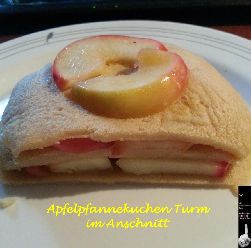 Pfannekuchenturm  mit Apfelschnitten